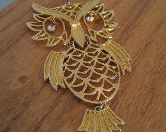 Vintage gold owl pendant.  Rhinestone eyes.  Figural.