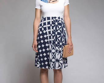 Floral dress with princess cut - White and navy dress with patchwork - A line dress - Dress with short sleeves - Made in Quebec - Sale