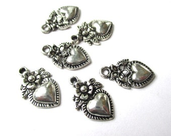 Silver Heart Charms, 20mm x 10mm Antique Silver Pendants, Hearts and Flowers, Romantic Renaissance, DIY Jewelry Making - 6 pieces  SP759