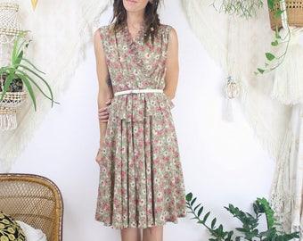 Japanese Vintage Floral Dress w/ Peplum waist, Vintage Sage Rose Spring Summer Tea dress Picnic dress Day dress, Small Medium 3182