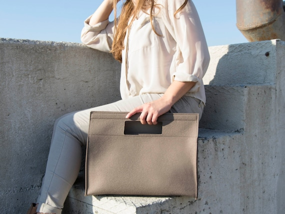 40% OFF - Wool Felt HANDBAG / taupe bag / taupe handbag / wool felt bag / minimalist bag / made in Italy