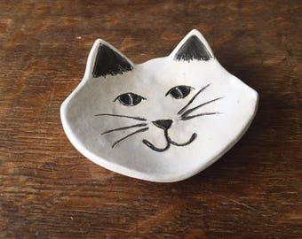 Spoon Rest Stoneware Clay WHITE CAT