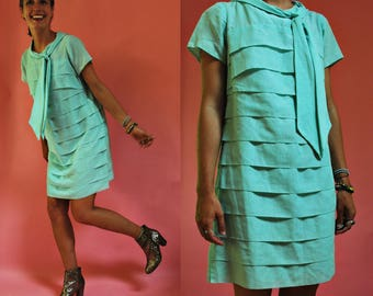 1960s Mint Green Tiered Mod Betty Hartford Shift Dress