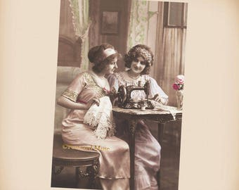 Edwardian Ladies With A Sewing Machine - New 4x6 Vintage Image Photo Print LE187