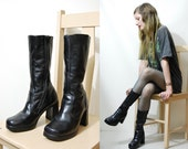 90s Vintage BLACK LEATHER Boots Mid Calf Platform gogo heel Shoes Chunky Round Toe Grunge Biker Goth 1990s vtg // Size 6 au