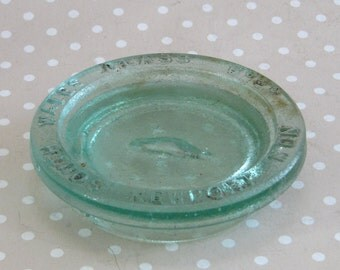 Vintage Newport South Wales Glass Co Ld Bottle Lid Paper Weight