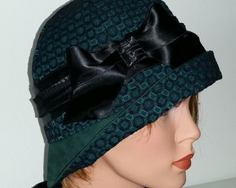 Cloche Hat Flapper Hat 20s 1920s Downton Abbey , Green, Vintage Style 21,5 -22 inch