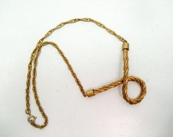 Elegant gold rope necklace