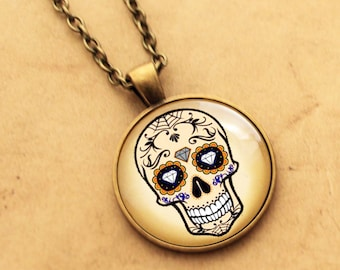 Diamond Sugar Skull Necklace - Halloween, Day of the Dead, Rockabilly Pendant, Tattoo Necklace, Sugarskull jewellery Mexican, skeleton