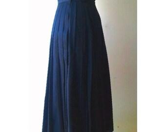 Perry Ellis Designer Skirt / Vintage Perry Ellis Skirt / 1980s High Waist Skirt / Black Pleated Long Skirt / Small Size Vintage Skirt