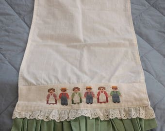 """Cross Stitch Hand Towel-3 Quaker (?) Couples-Eyelet and Green Ruffle Trim-18"""" X 10"""""""