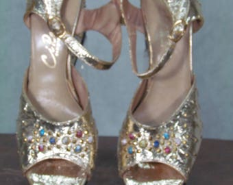 1950s Shoes Gold Foil Beaded Wedges Size Small Hostess Heels