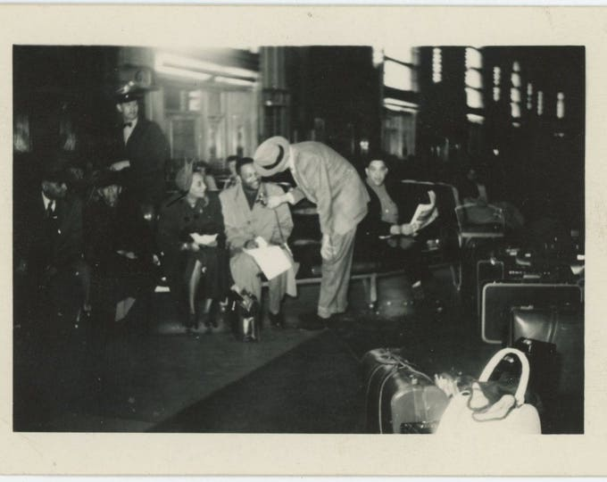 Vintage Snapshot Photo: Station Waiting Room, 1940s (73562)