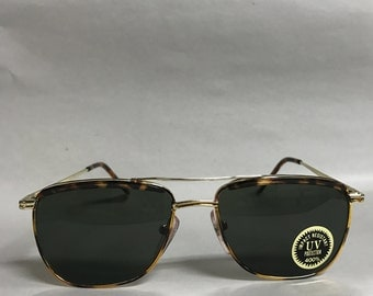 Tortoise gold old fashioned classic vintage sunglasses