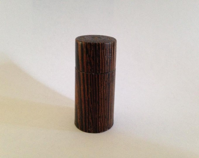 Hand Turned Wood Pill Box (Wenge wood)