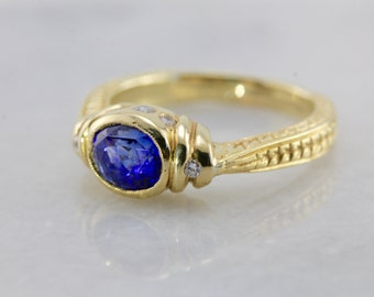 Ancient Style, Gold and Ceylon Sapphire Ring 8LHP6X-D