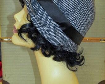 Cloche Vintage Style Tweed Art Deco Era Flapper Style Hat