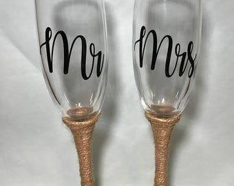 Rustic Wedding Toasting Flutes - Burlap weddings, Country weddings, etc