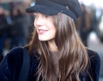 The Louise Cap Black