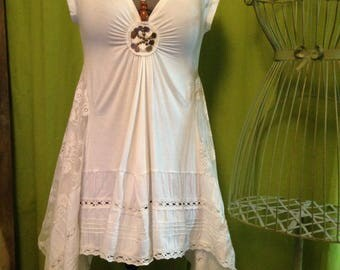 Romantic dress 40-42 T Ecru, deconstructed, tie in the neck