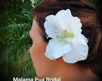 TROPICAL Hair clip, Ivory Hibiscus, Hair accessory, Hair Flower, Headpiece, Silk Flower, Bridal hair clip, Hawaiian, Crystal Centers, Beach