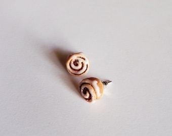 Cinnamon rolls stud earrings - dainty polymer clay cinnamon buns miniature earrings