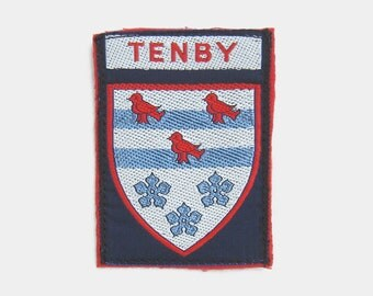 Vintage 1970s Tenby Fabric Patch - Pembrokeshire Wales Welsh fabric badge souvenir travel red bird blue white mid century coat of arms 1980s