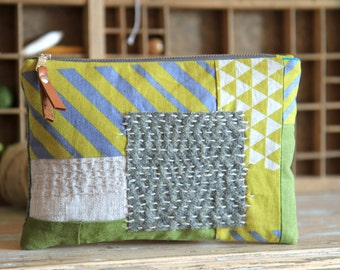 Sashiko embroidered pouch, Linen and wool purse, Linen coin pouch, Hand embroidered bag, Gift for women, Greenery bag, Patchwork pouch, OOAK