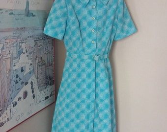 Vintage Shirt Dress with Belt.  White and Blue