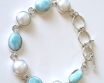BRACELET in Silver 925/1000, pearls of water soft and blue stones
