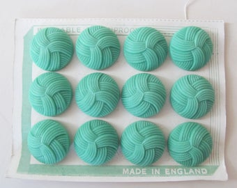 "FABULOUS FULL CARD of 12 large vintage Jade-Green buttons~Divine colour & wonderful ""knot"" design~Unused vintage haberdashery supply"