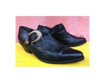 1990s 80s Ankle Booties Buckled Western Boots // Winklepicker Shoes //size eu 40 - uk 6.5-us8 women