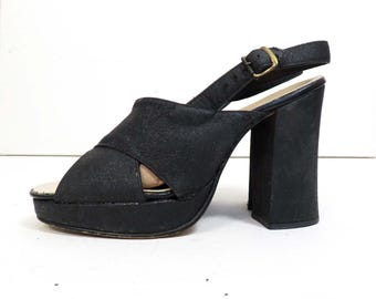 Vintage 60s Chunky Heel Platforms Size 7