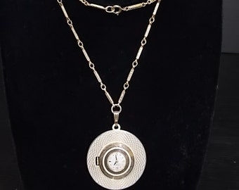 Vintage Estate Gold Tone Necklace and Swiss Carravelle Watch Pendant, E710