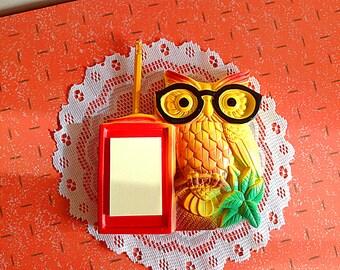 Vintage owl chalkware, Super cute Miller Studio owl notepad chalkware wall hanging