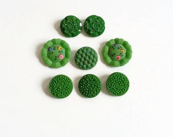 Green flowers vintage Czech glass buttons craft lot mixed lot buttons assorted sizes