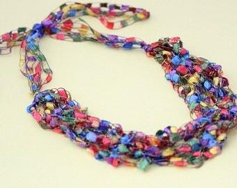 Adjustable Crochetlaces Necklace - Rainbow, wider ribbon
