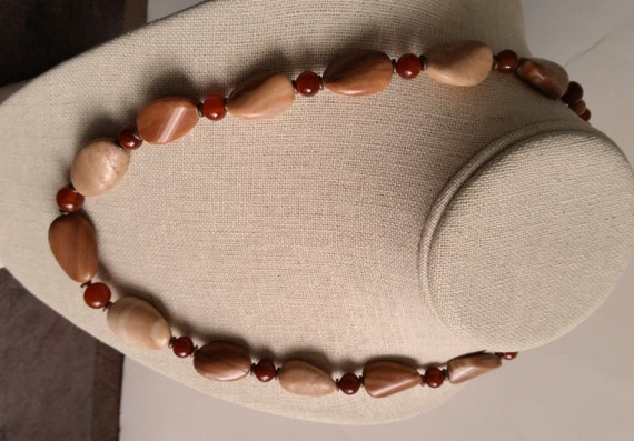 BANDED JASPER and AGATE Short Stone Necklace with Copper. Rust Red, Burnt Orange, Peach, White. Twist Oval Disc Beads. Handmade Clasp.