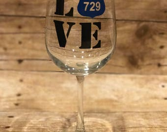 20 Ounce Wine Glass Love Police Officer Etched or Vinyl