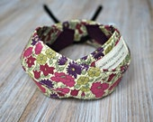 Purple Floral Camera Strap - Flowers DSLR Camera Strap -  Photography Accessories - Liberty of London Fabric Strap with Cap Pocket