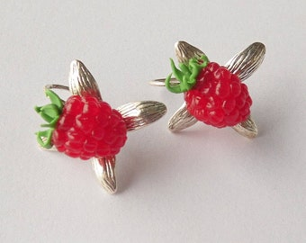 Raspberry earrings red berries earrings polymer clay jewelry gift for her red jewelry realistic raspberry woodland style summer jewelry