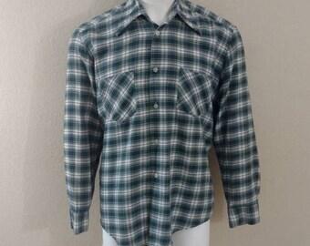 Vintage 70's Men's Flannel Thin Shirt Plaid Golden Line Button Blue Green Large
