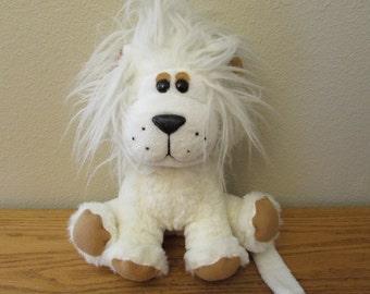"Vintage Ajena Paris Plush Lion in White 11"" Sitting"