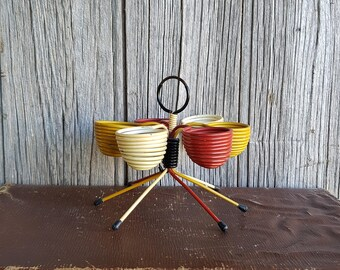 French Mid Century Scoubidou Egg Holder  -  French Retro Egg Basket  -  Mustard Red and Cream Retro Egg Rack from 1950s France