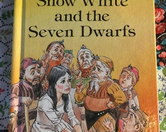 Vintage Ladybird Book Snow White and the Seven Dwarves