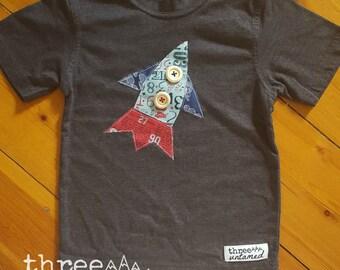 Boys rocket/space t-shirt / charcoal marle / applique