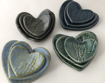 Nesting heart dishes