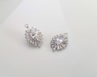 1 Pcs / Oval Clear Cubic Zirconia Pendant / Jewelry Supplies Wholesale / Rhodium Plated / 23mm x 13.7mm / 12R2-21S-02C