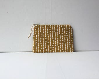 Notions Pouch - Notions Bag - Sewing  - Knitting - Crochet - Make-up - Embroidery - Needle Point - Needle Craft -