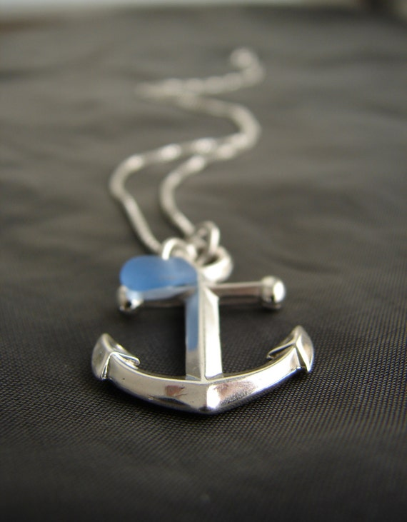 Mooring sea glass necklace
